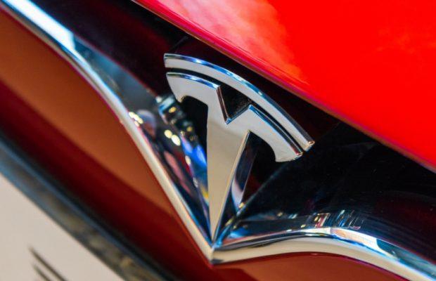 90% издаваемых электромобилей Tesla имеют неисправности