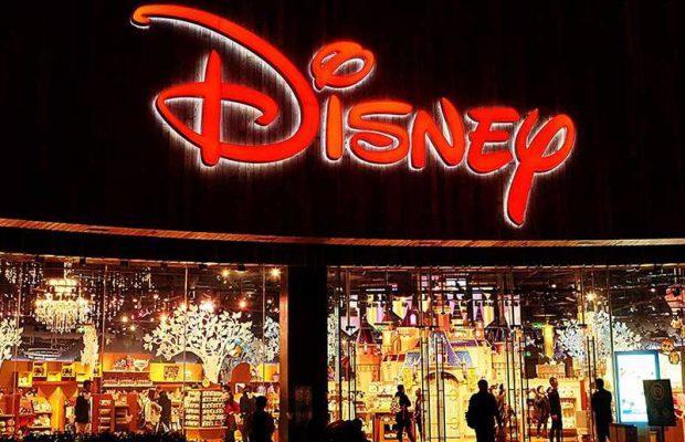 Компания The Walt Disney желает приобрести все фильмы исериалы Fox